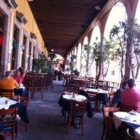 9/8/2011にNinfa P.がHank's Querétaroで撮った写真