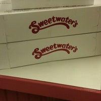 Das Foto wurde bei Sweetwater's Donut Mill von Sean M. am 8/24/2012 aufgenommen