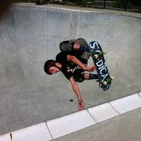 Foto tomada en Historic Fourth Ward Skatepark por Matt R. el 9/9/2012