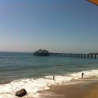 Photo prise au Malibu Beach Inn par Ann E. le9/4/2011