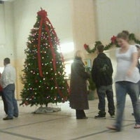 รูปภาพถ่ายที่ Gardner City Hall โดย Crystal M. เมื่อ 12/13/2011
