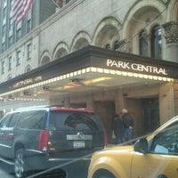 รูปภาพถ่ายที่ Park Central Hotel New York โดย AbatarCarService 7. เมื่อ 1/24/2012