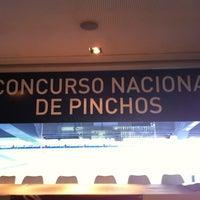 Foto tomada en Real Café Bernabéu por Roberto S. el 10/25/2011