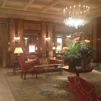 Foto diambil di Hôtel Westminster oleh Галия pada 7/5/2012