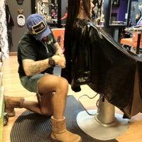Снимок сделан в Hail The Hair King Salon & Spa пользователем Travis M. 3/24/2012