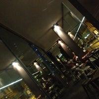 Foto tomada en ATM Bar por Silvia N. el 7/20/2012