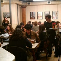 Foto tomada en Guixot por Laura G. el 3/23/2012