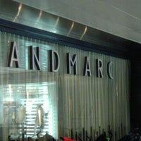 Das Foto wurde bei Landmarc von Michelle W. am 1/28/2012 aufgenommen