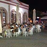 6/25/2012 tarihinde Serhat E.ziyaretçi tarafından Taş Kahve'de çekilen fotoğraf