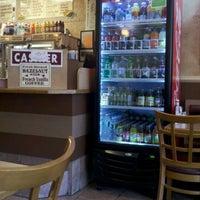 5/27/2011にC D.がD&D Coffee Shopで撮った写真