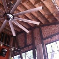 Foto scattata a Basic Urban Kitchen & Bar da Lucas Henrique L. il 7/7/2012