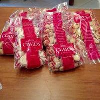 Foto tirada no(a) Loja da Fábrica Claids Biscoitos por Leonardo C. em 9/2/2012