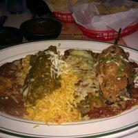 Foto scattata a El Real Tex-Mex Cafe da Ven P. il 9/24/2011