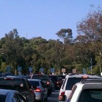 Das Foto wurde bei Dodger Stadium Parking von Gaston H. am 5/8/2012 aufgenommen