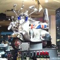 Foto tirada no(a) Hard Rock Cafe Sydney por Christian C. em 7/25/2011