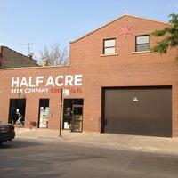 รูปภาพถ่ายที่ Half Acre Beer Company โดย Gabe O. เมื่อ 5/26/2012