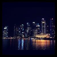 Foto tomada en Marina Bay Downtown Area (MBDA) por ampfer el 3/8/2012