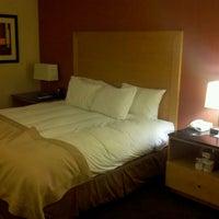 2/15/2012にJohn D.がDoubleTree by Hilton Hotel San Francisco Airportで撮った写真