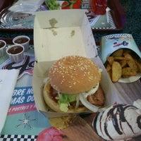 5/18/2012 tarihinde María G.ziyaretçi tarafından Yesterday American Diner'de çekilen fotoğraf