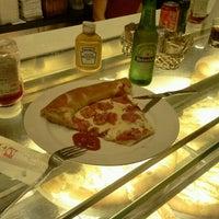 Foto tirada no(a) Stalos Café & Bar por Luiz Gustavo d. em 9/10/2012