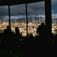 7/21/2012 tarihinde Greg H.ziyaretçi tarafından Palisade Restaurant'de çekilen fotoğraf