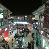 Photo prise au CC Plaza San Miguel par Eduardo T. le7/14/2012