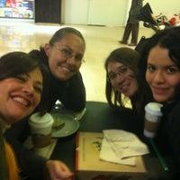Foto tirada no(a) Mall Espacio M por nanuicita em 5/6/2012