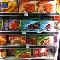Das Foto wurde bei Whole Foods Market von Nick M. am 7/5/2012 aufgenommen