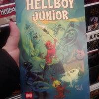 1/23/2012에 Stuart B.님이 Comics Dungeon에서 찍은 사진