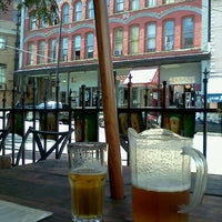8/31/2011 tarihinde Claudia A.ziyaretçi tarafından The Cambie'de çekilen fotoğraf