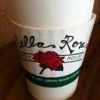 Foto scattata a Bella Rosa Coffeehouse da Jay L. il 6/2/2011