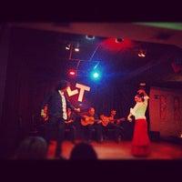 Foto diambil di Las Tablas Tablao Flamenco oleh Muneeb A. pada 9/5/2012