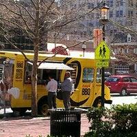 Das Foto wurde bei Curley's Q BBQ Food Truck & Catering von Brian G. am 3/14/2012 aufgenommen
