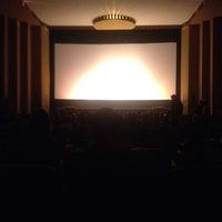 Foto diambil di The Senator Theatre oleh Lindsay T. pada 3/24/2012
