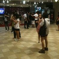รูปภาพถ่ายที่ Neway Karaoke Box โดย Jazzmine C. เมื่อ 7/21/2012