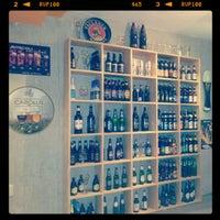 Foto scattata a The Beer Company da Axl C. il 5/8/2012