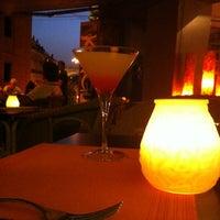 รูปภาพถ่ายที่ Korgui Bar Gastronómico โดย Rocio B. เมื่อ 6/28/2012