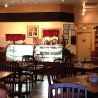 10/29/2011にNic C.がInforzato's Italian Cafeで撮った写真
