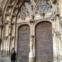 Foto tomada en Catedral San Salvador de Oviedo por Arianna S. el 4/7/2012