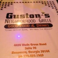 Снимок сделан в Guston's Grille - Kennesaw пользователем Knikkolette C. 7/10/2012