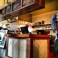 Foto scattata a TAO Natural Foods da Dan K. il 2/15/2012