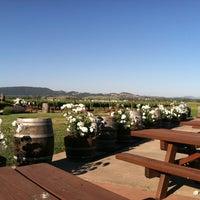 Foto tirada no(a) Larson Family Winery por SomethingAboutSonoma em 5/20/2012