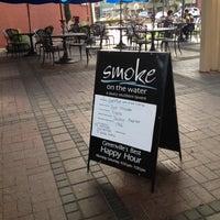 Foto tomada en Smoke on the Water por Ashley el 8/5/2012