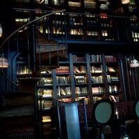 รูปภาพถ่ายที่ The NoMad Hotel โดย Nicholas B. เมื่อ 7/26/2012