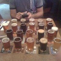 Photo prise au DuClaw Brewing Company par Ryan D. le7/14/2011