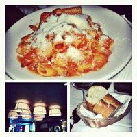 Foto tirada no(a) Bello Restaurant por Nana B. em 9/4/2012