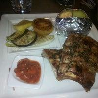 Das Foto wurde bei Hardimitzn Restaurant&Steakhouse. Pizzeria von Alberto M. am 2/4/2012 aufgenommen