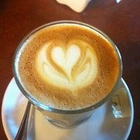 Foto diambil di Rococó Café Espresso oleh Osvaldo R. pada 3/4/2012