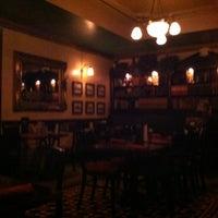 8/6/2012にJulie YouGyoung P.がKilkennys Irish Pubで撮った写真