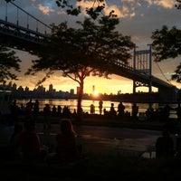 Das Foto wurde bei Astoria Park von Joe L. am 6/26/2012 aufgenommen